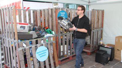 Dieven aan de haal met elektromateriaal uit containerpark