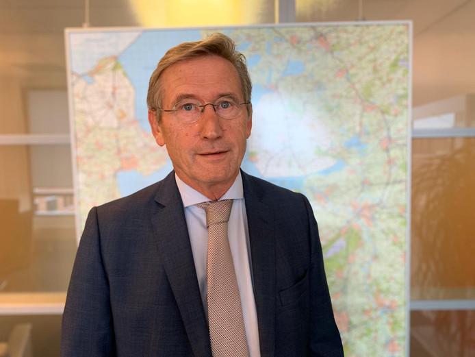 Jan Westmaas is voor onbepaalde tijd waarnemend burgemeester van de gemeente Noordoostpolder.
