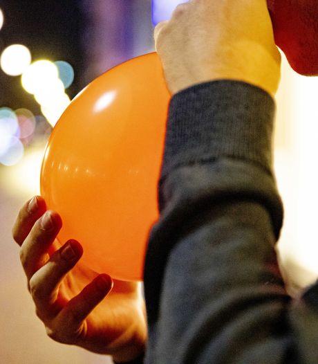 Séquelles neurologiques, intoxications: le gaz hilarant inquiète des scientifiques, faut-il l'interdire?