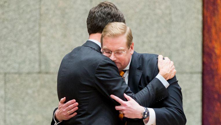 Premier Mark Rutte neemt afscheid van Ard van der Steur, minister van Veiligheid en Justitie. Beeld anp