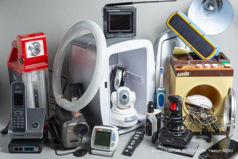 In 2019 werd er 50 miljoen ton aan elektrische apparaten afgedankt. Beeld Yassyn Sidki