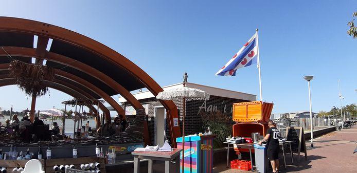 Friese vlag bij restaurant Saus aan de Boulevard in Bergen op Zoom
