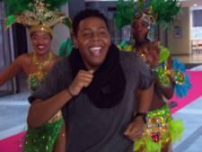 Idols-kandidaat neemt brassband mee naar zijn auditie