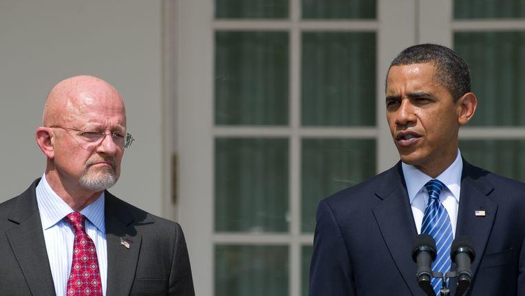 Hoofd van de Amerikaanse veiligheidsdienst James Clapper (links) en president Barack Obama. Beeld AFP