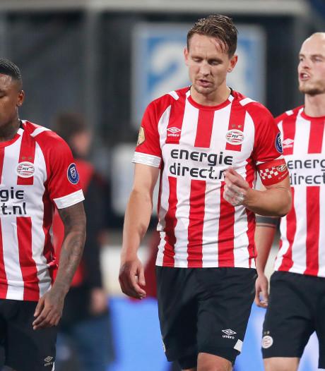 PSV toont wel overlevingskracht, maar mist vorm en Lozano in goede doen