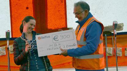 HBK krijgt cheque van 900 euro