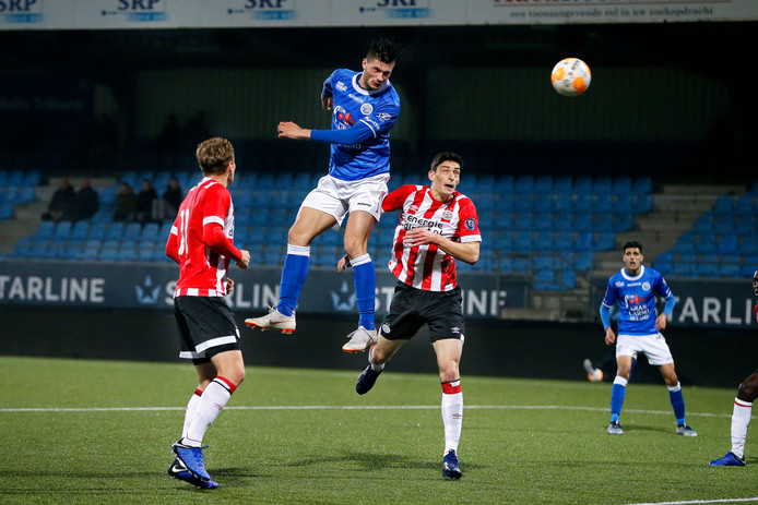 Het meespelen van Stefan Velkov, die hier eerder dit seizoen de winnende treffer binnen kopt in de uitwedstrijd tegen Jong PSV, is onzeker omdat de verdediger last heeft van zijn knie.