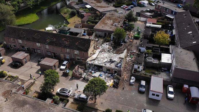 De explosie op 13 mei sloeg een gapend gat vol puin in de Nijmeegse wijk Hillekensacker.