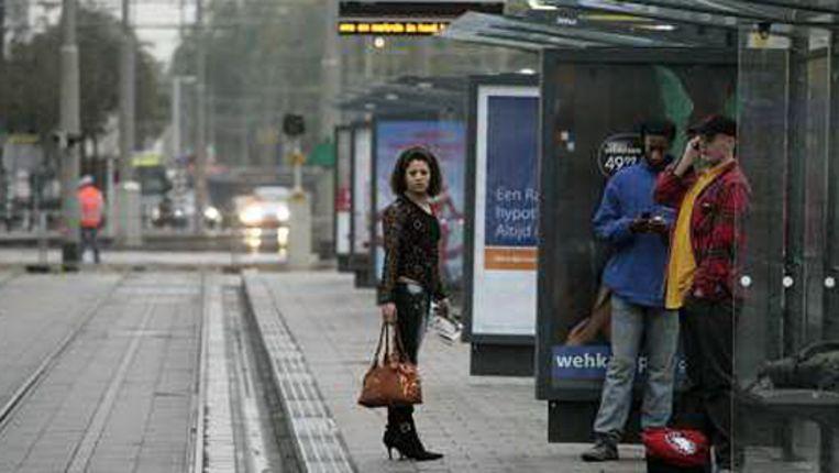 Op een deel van tramlijn 23, die van Beverwaard via de deelgemeente IJsselmonde naar Schiedam gaat, geldt een zogeheten ov-verbod. (De foto is op een willekeurige plaats genomen). (ANP) Beeld