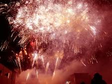200 Kilo kruit de lucht in bij Vesta vuurwerkshow