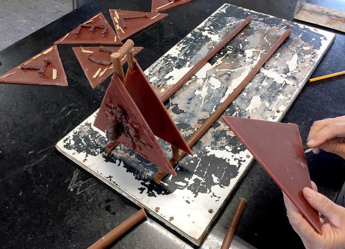 Driehoeken voor kunstwerk Ouwe Sok voor Roosendaal 750 jaar