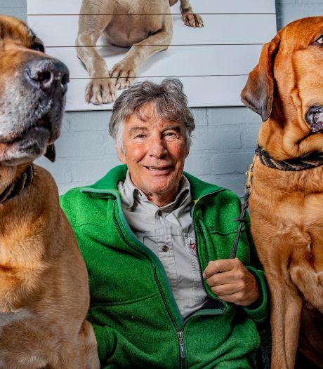 Hondenkenner Martin Gaus opent expositie over 'aaibare puppies met glanzende ogen'