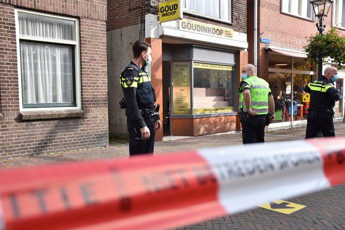 Afgelopen vrijdagmiddag werd Goudinkoop Florin met een steekwapen overvallen.