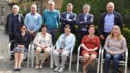 50-jarigen verzamelen in 't Molenhof