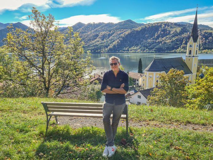 """""""Een prachtig land én een doordachte keuze in coronatijden"""", aldus Gilles De Coster over de nieuwe locatie van 'De Mol'."""