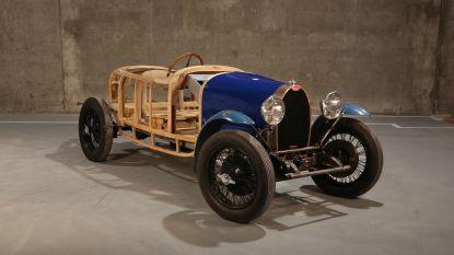 Bugatti's van 1 miljoen vergaren 60 jaar stof in Limburgse schuur