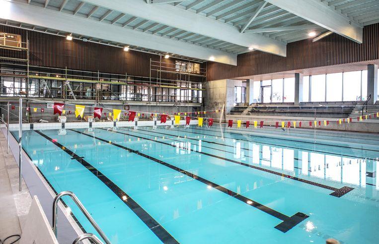 Het nieuwe sportbad op Weide is bijna af.