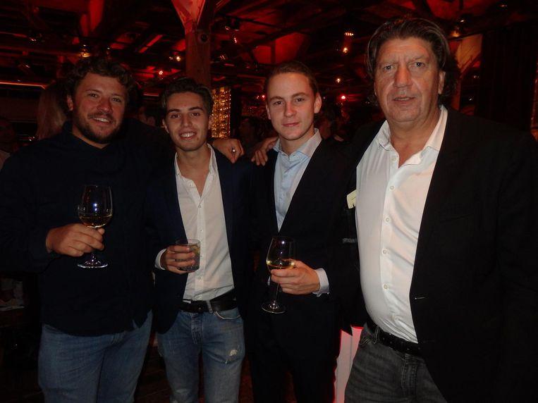 Damiano Piacenza (Wine & Spirits), Melle Wingender en Sem Mullemeister (Social Scale) en Dennis de La Rie (Schmidt Zeevis): 'Ik lever hier alle vis' Beeld Hans van der Beek