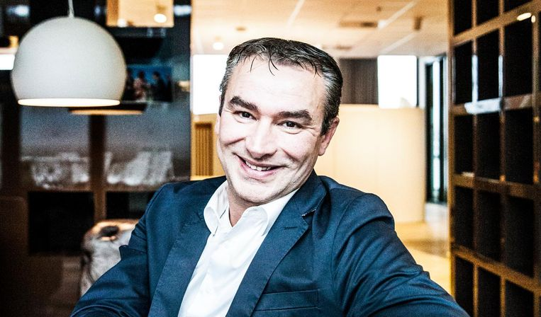 Jan Swaag, fractievoorzitter van de lokale VVD, is niet te beroerd om het op te nemen voor het 'nieuwe werken': 'Ik geloof nog steeds in de nieuwe koers, de gemeente verdient het voordeel van de twijfel.' Beeld null