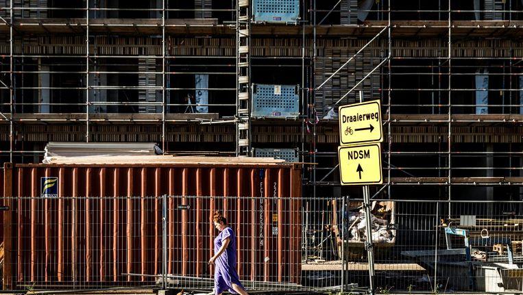 Amsterdam komt in opstand tegen de voorgenomen privatisering van het bouwtoezicht. Beeld anp