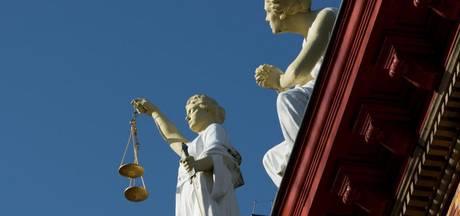 Straffen tot één jaar geëist voor misbruik meisjes (13 en 15)