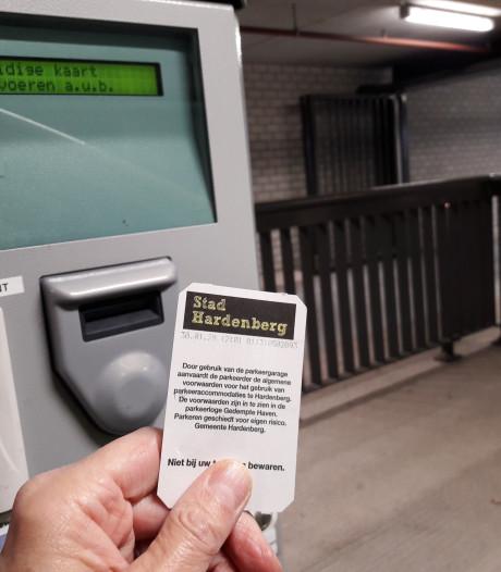 Hardenberg overweegt toch om betaald parkeren in coronatijd af te schaffen
