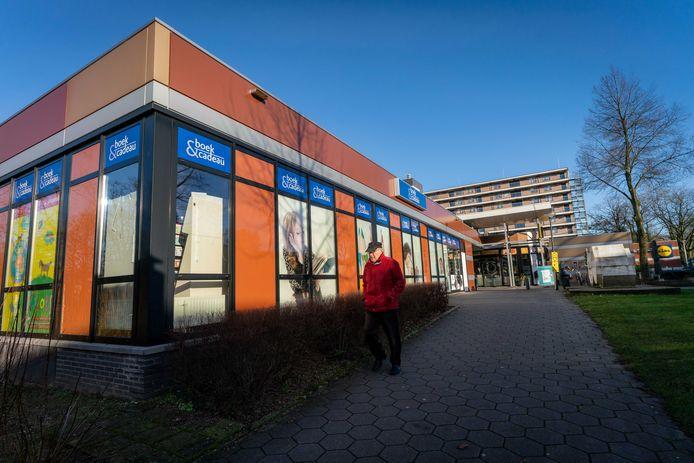 De ruimte van Boek & Cadeau wordt in de toekomst ingenomen door supermarkt Jumbo.
