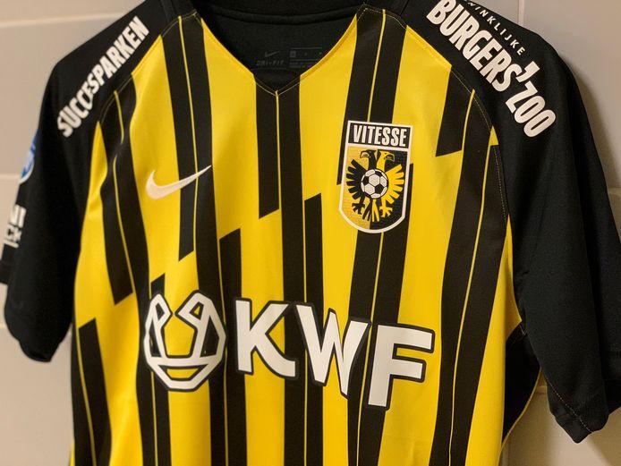 Het speciale KWF-shirt van Vitesse.