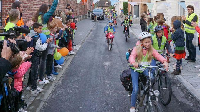 Gemeentelijke Basisschool De Fonkel krijgt eerste dynamische schoolstraat van Vlaams-Brabant