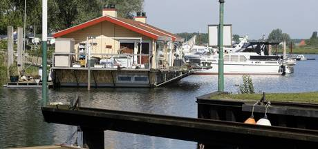 Gemeente Zaltbommel mocht dwangsom woonboot Sturm invorderen