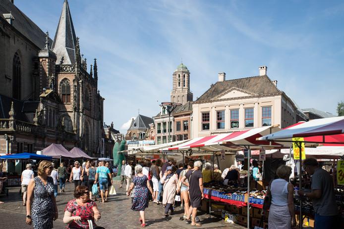 Stap voor stap worden de Blauwvingerdagen door ZwolleFonds naar een hoger plan getild.