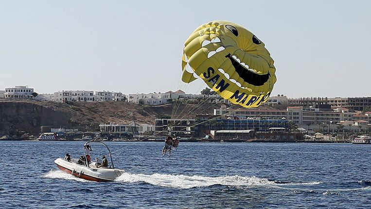 Toeristen vandaag in Sharm al Sheikh. Beeld reuters