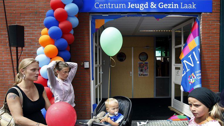 Archieffoto van de opening van een centrum voor Jeugd en Gezin in Den Haag. Beeld anp