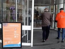 Tijdelijke opvang coronapatiënten in leegstaand deel ziekenhuis St Jansdal in Lelystad