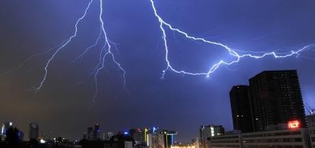 Nederland snakt naar regen: ook vandaag weer lokale onweersbuien