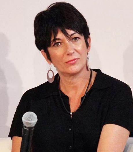 De quoi est accusée Ghislaine Maxwell, l'ex-collaboratrice de Jeffrey Epstein?