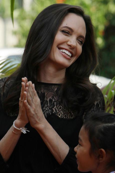 Angelina Jolie voor het eerst sinds scheiding weer in openbaar