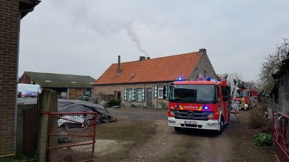 Schouwbrand op hoeve, brandweer voorkomt erger