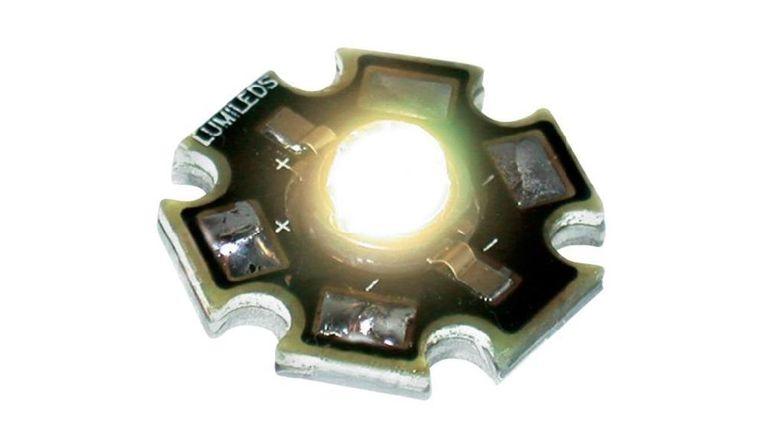 Een lampje van Philips Lumileds. Een Amerikaans/Chinees investeringsbedrijf betaalt 2,6 miljard euro voor het bedrijf. Beeld -