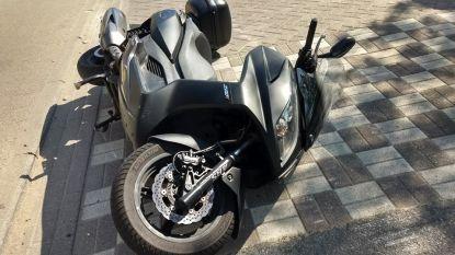 Politie vat motorrijder op slippers na korte achtervolging