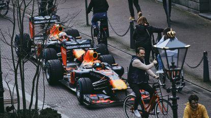 Geen Zandvoort, wel deze unieke beelden: Verstappen maakte met F1-bolide roadtrip door Nederland