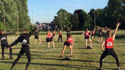 Gymmax Dance maakt outdoor danslessen mogelijk dankzij samenwerking met Paws & Friends