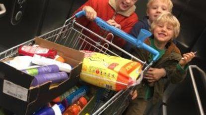 Familie schenkt gratis winkelminuut aan daklozen