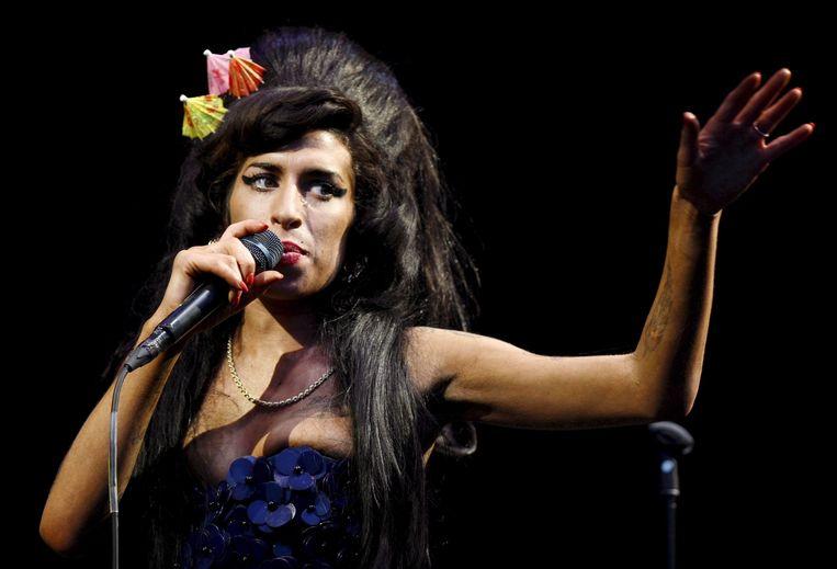 Amy Winehouse (1983-2011) was in 2008 een van de headliners van het bekende Britse Glastonbury-festival.