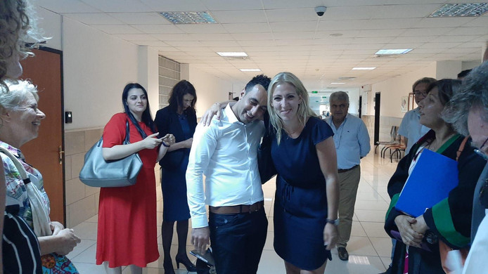 Een opgeluchte Murat Memis en Lillian Marijnissen