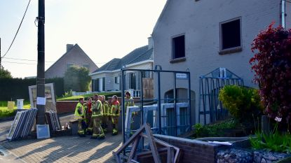 Rookmelder slaat alarm: transformator van plafondverlichting vat vuur