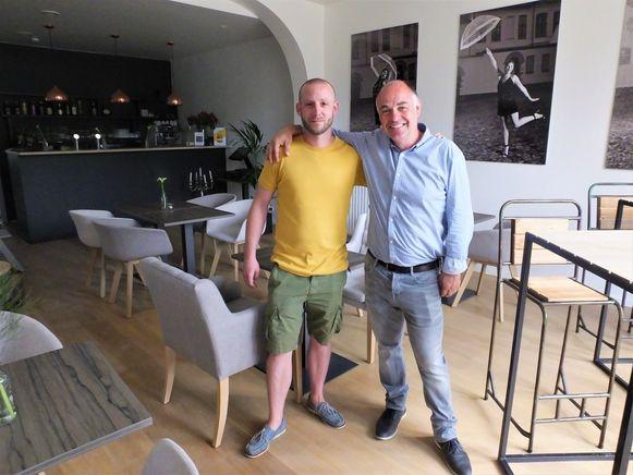 Chef-kok Kevin Buelens en eigenaar Peter De Graeve bij de opening van Brasserie Wybo.
