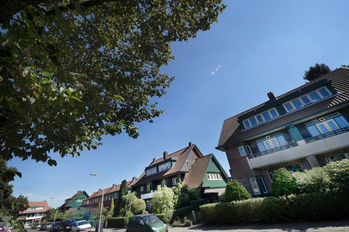 Huizen van de Woningbouwvereniging voor Ambtenaren te Arnhem op de Braamberg. Foto Marina Popova