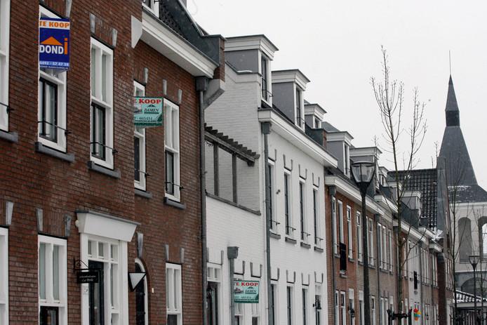 Huizen die te koop staan in de Helmondse wijk Brandevoort.