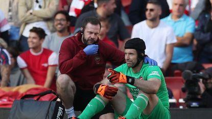 FT buitenland. Arsenal een maand zonder Cech - Dortmund houdt toptalent Sancho langer aan boord